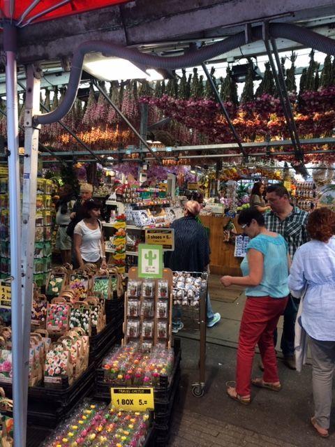 チューリップ市場