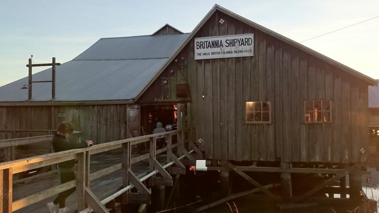 鮭缶詰工場