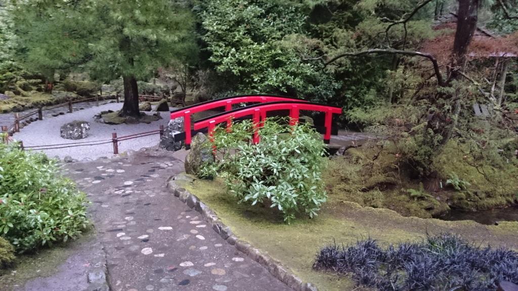 日本庭園内