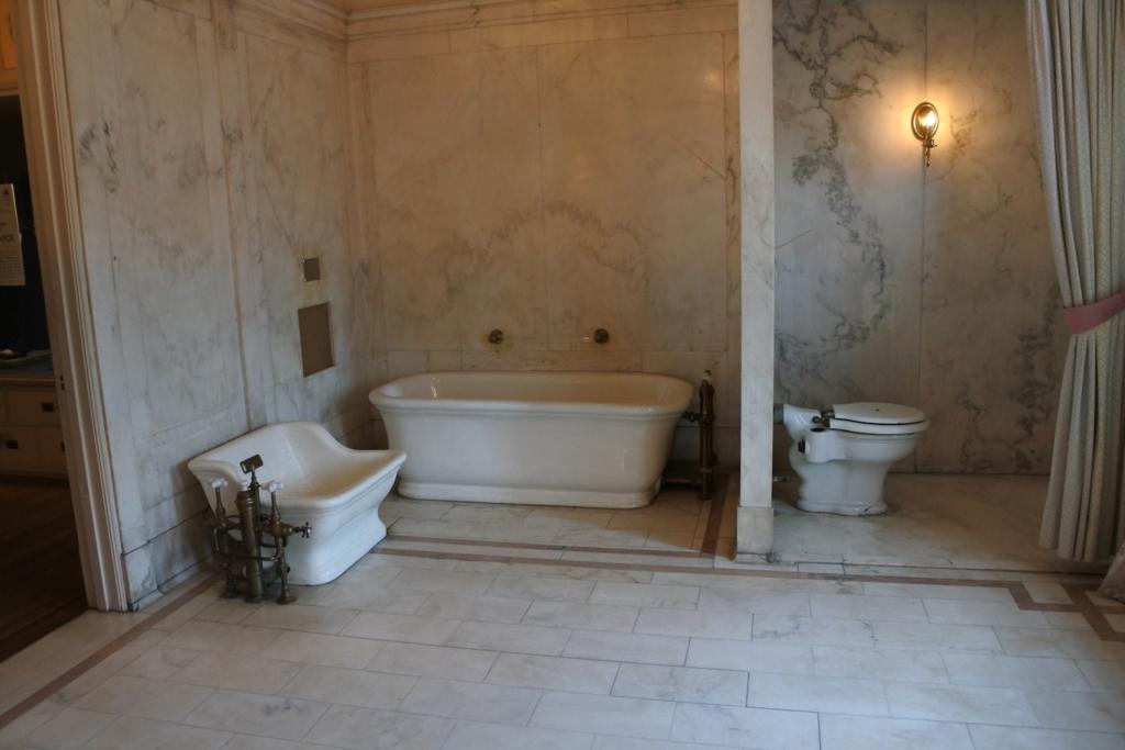 トイレ&浴槽