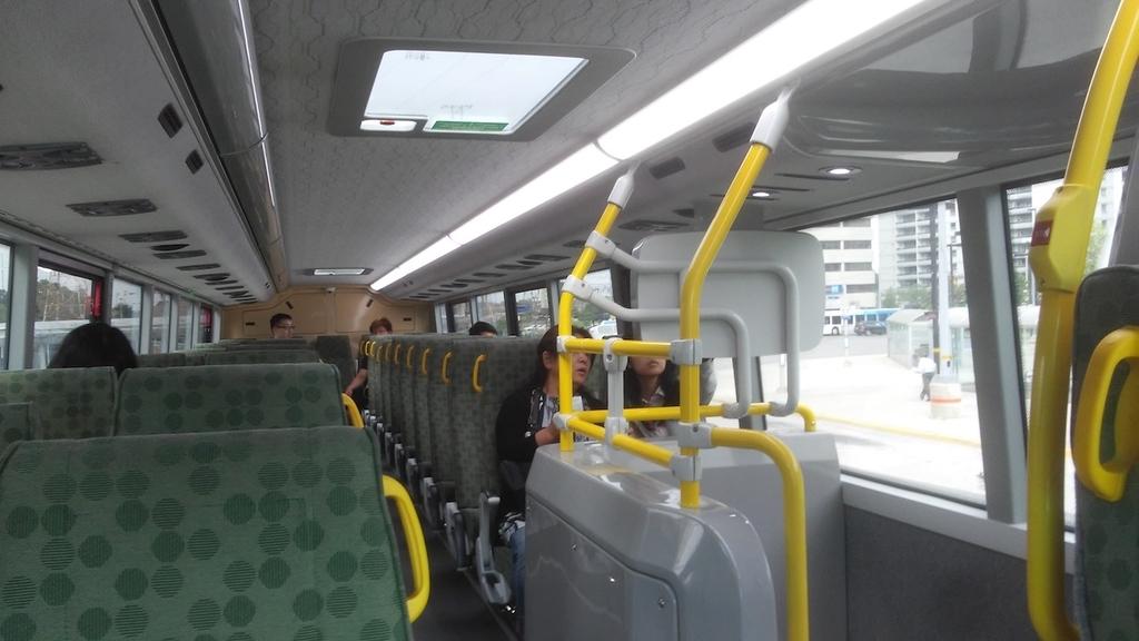 Goバス車内