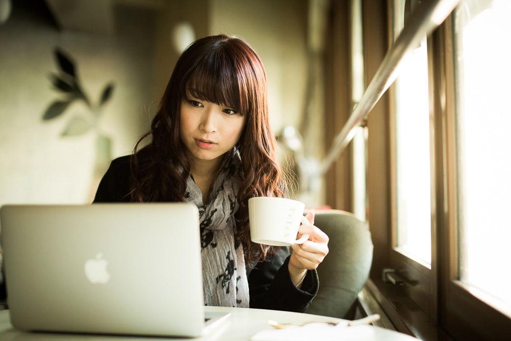 「カフェ パソコン」の画像検索結果