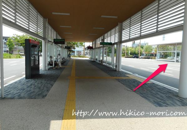 市役所前・向かい側のバスターミナル