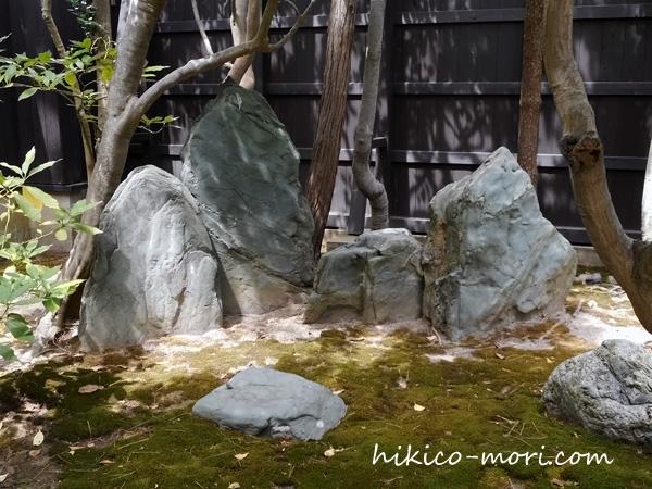 石で作られた須弥山