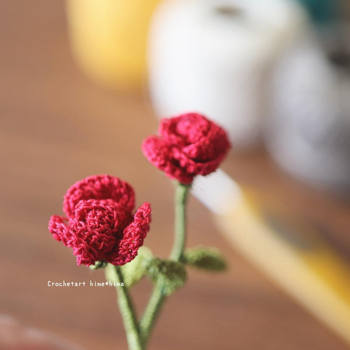 タティングレース糸〈細〉で編むバラの花
