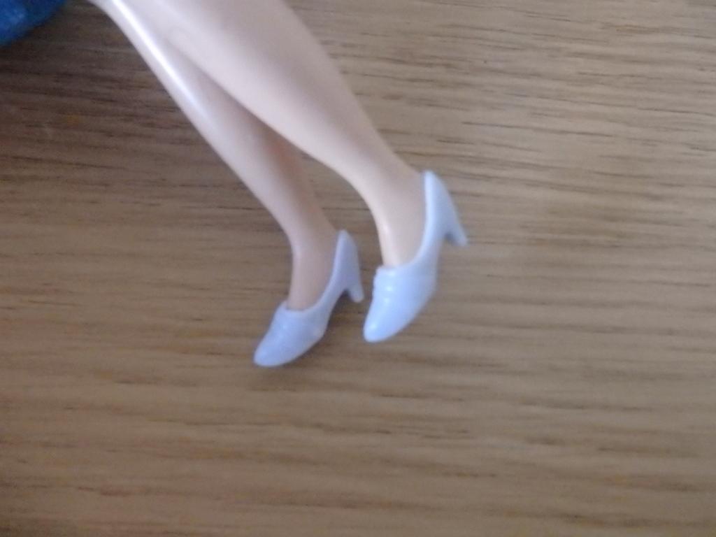 ダイソーのエリーちゃんの服をリカちゃんとブライスに着せてみよう!