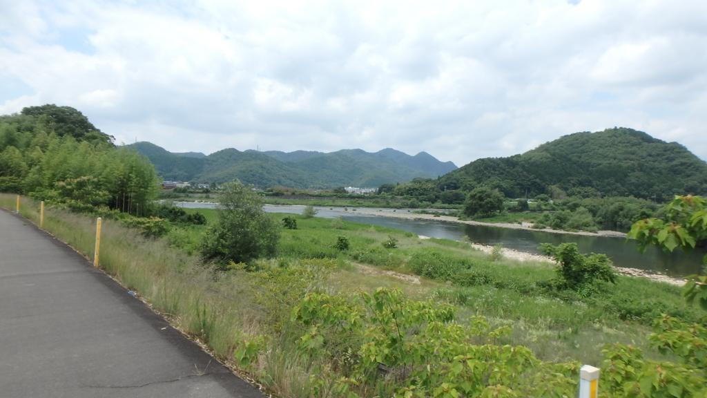 f:id:himiyoshi:20180617113431j:plain