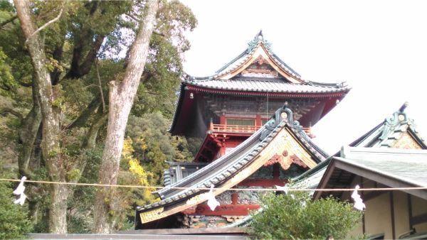 大拝殿の側面