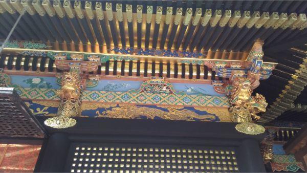 久能山東照宮の拝殿の左側面