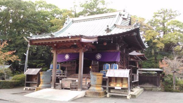 御穂神社の拝殿