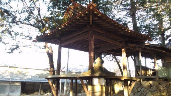 三島神社の神楽殿