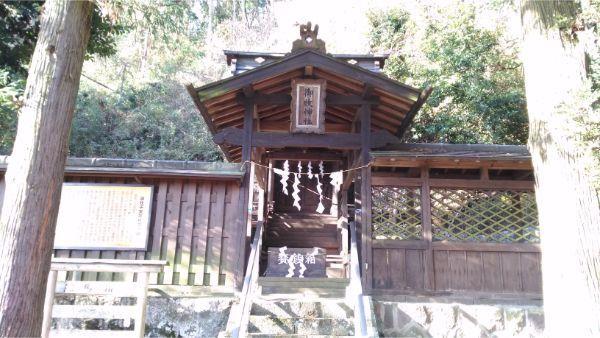御牧子安神社の拝所