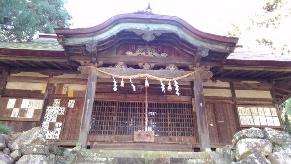 福地八幡神社(北下條)の拝殿