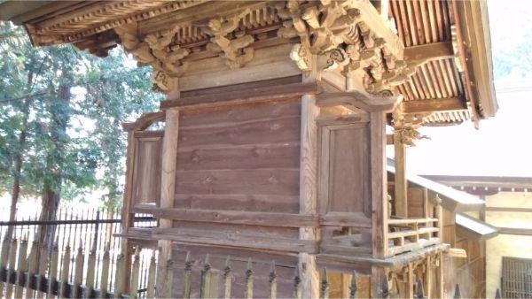 倭文神社降宮の本殿背面
