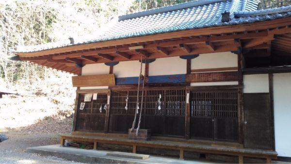 本宮倭文神社の拝殿