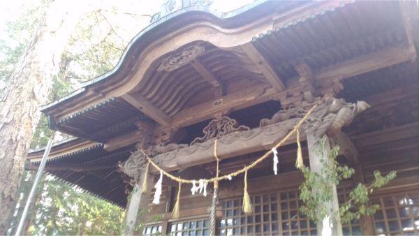 法性神社拝殿の向拝