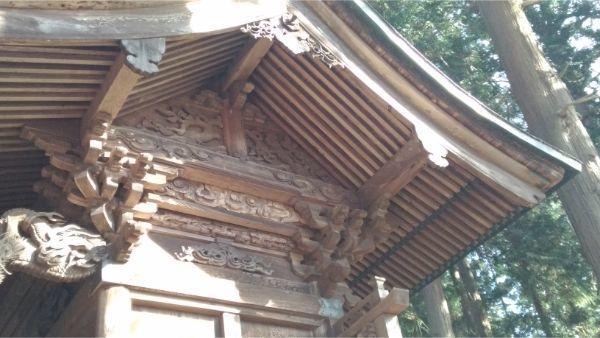 法性神社本殿の妻壁
