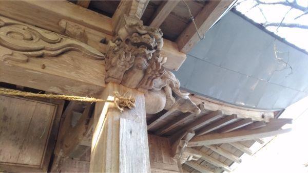 蓼科神社拝殿の向拝