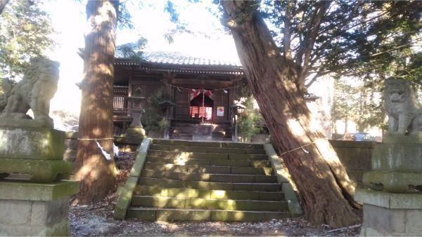 滋野神社の拝殿