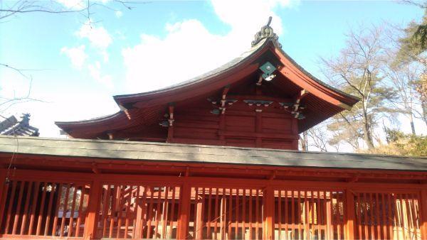 滋野神社社殿の全体図