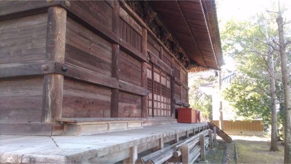 国分寺本堂の背面