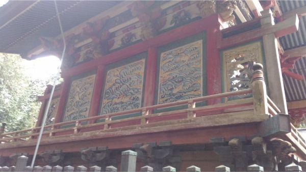 菅原神社本殿の背面