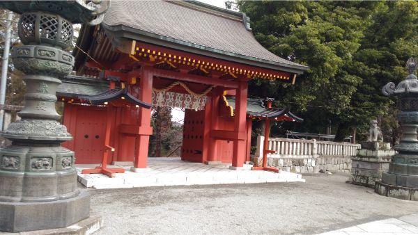 貫前神社の総門
