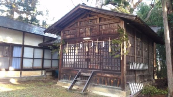 日置神社(北陸郷)の拝殿