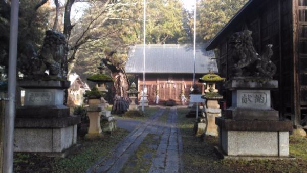 日置神社(上生坂)の参道