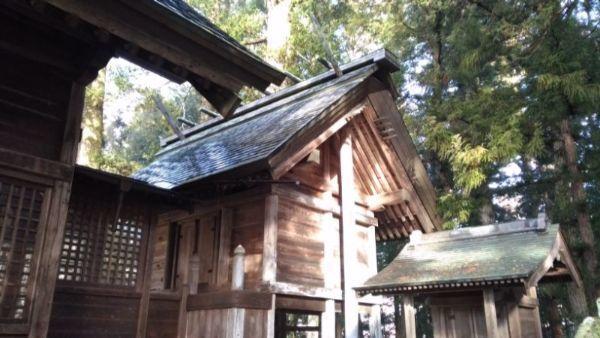 日置神社(上生坂)の本殿