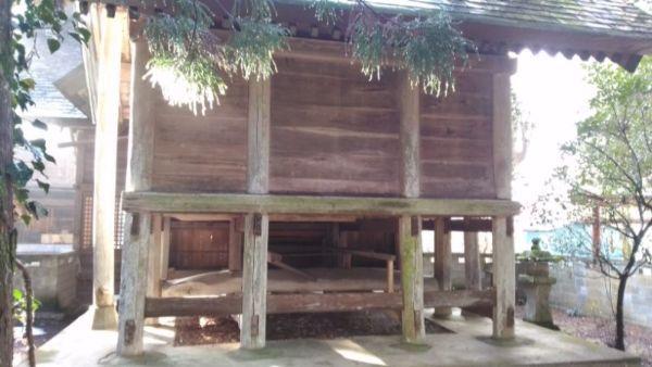 日置神社(上生坂)本殿の背面