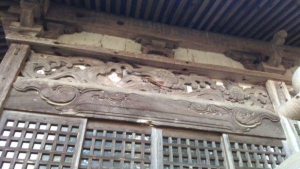 五社宮拝殿の軒下