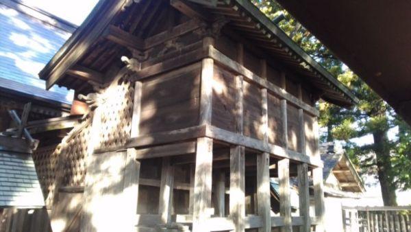 五社宮本殿の右後方