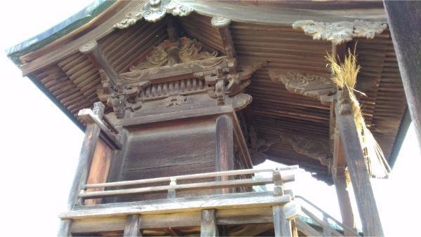 松本神社の西側本殿