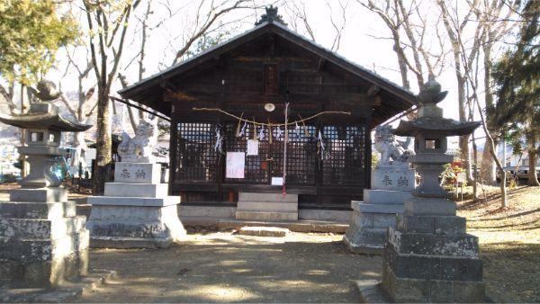 伊和神社の拝殿