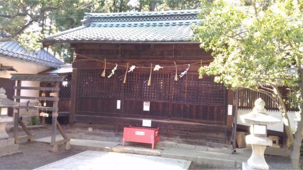諏訪社の拝殿