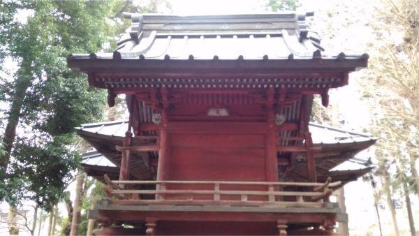 日連神社本殿の背面