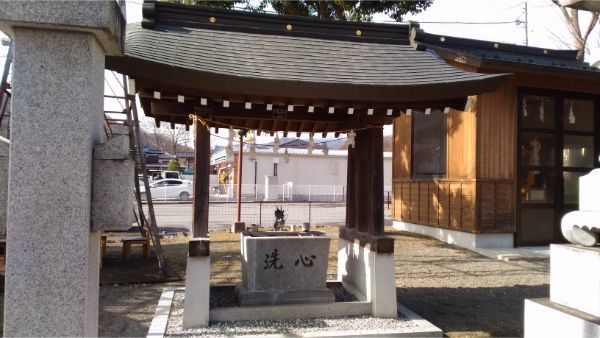 三嶋神社の手水舎