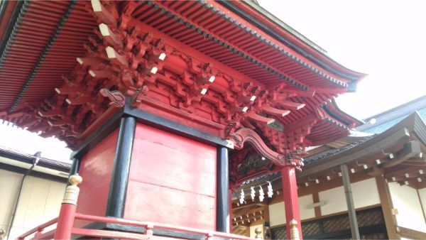 三嶋神社本殿の左後方