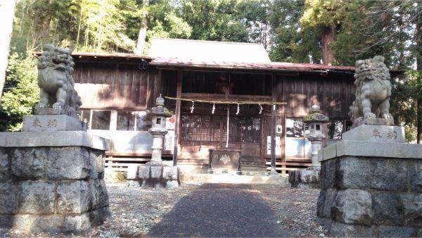 春日神社の拝殿