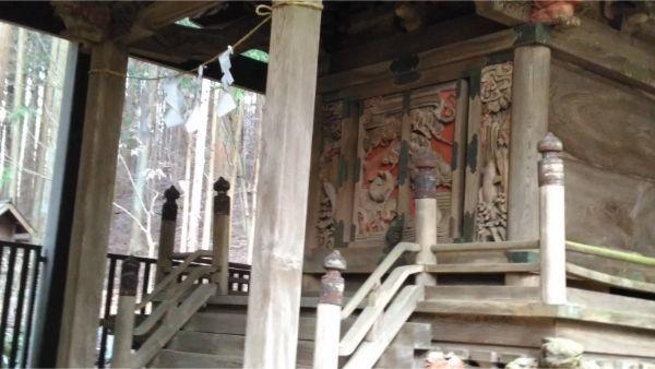 稲村神社本殿の母屋正面