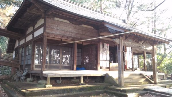氷川神社の拝殿