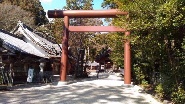 猿投神社の三の鳥居