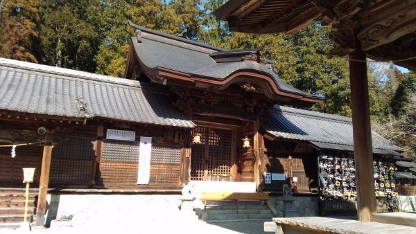 猿投神社中門