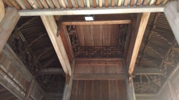 定光寺本堂の鏡天井