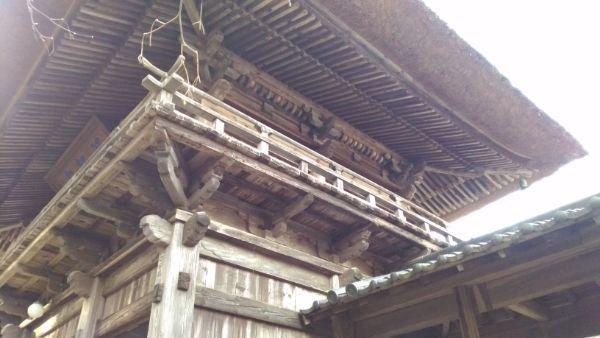 貞祥寺山門側面
