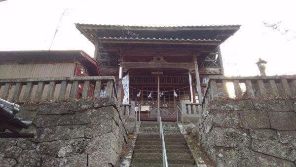 平賀神社の拝殿