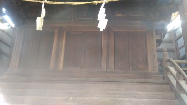 平賀神社本殿の扉