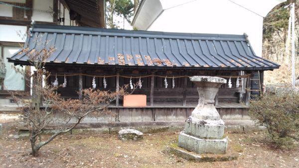 新海三社神社の西十二社