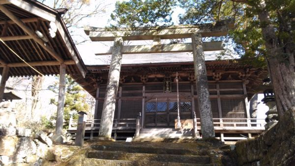 松原諏方神社拝殿
